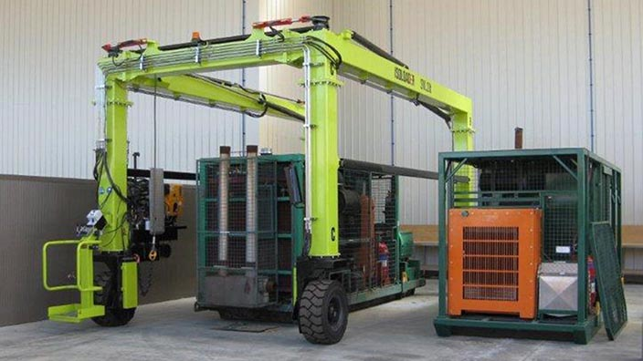Isoloader EZLift Mini Straddle Carriers can maneuver heavy loads through doorways with ultra low height clearances.
