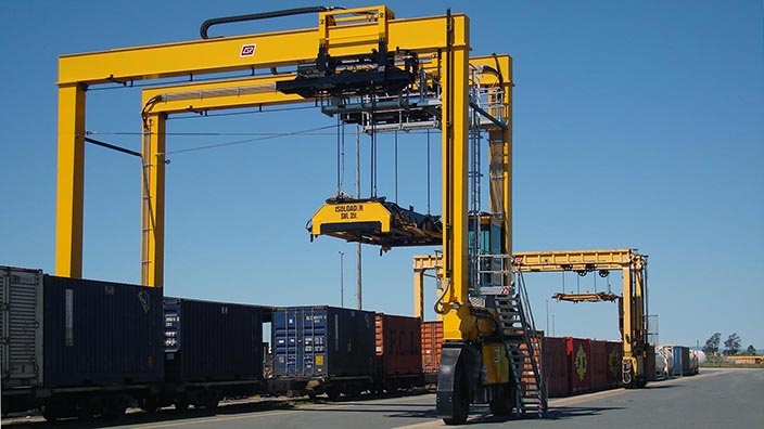 Isoloader Rubber Tired Gantries (RTG) for small and mid-sized container terminals.